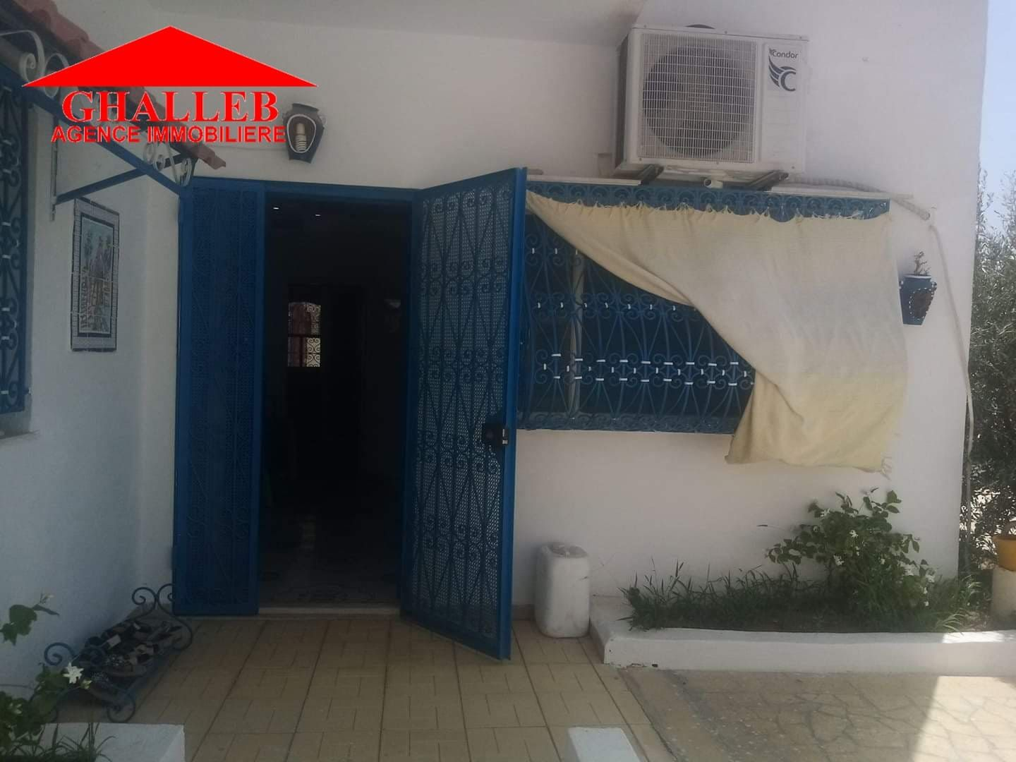 Une maison moderne a besbassia gh