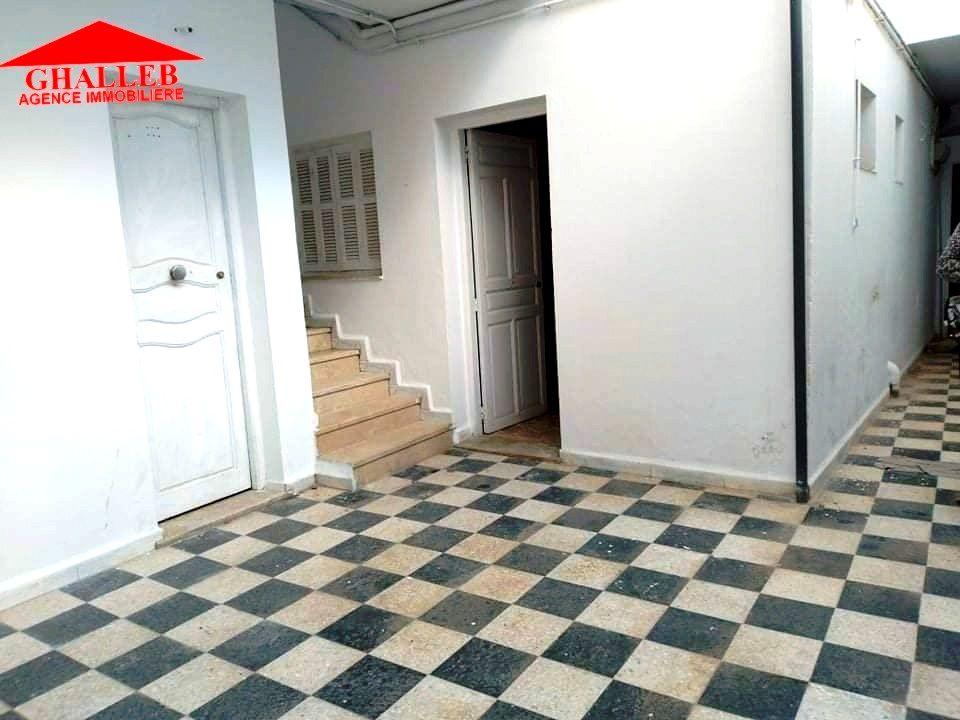 Studio s+2 au rdc centre hammamet ad