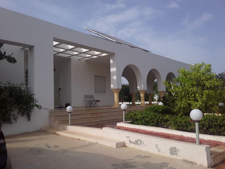 Av une belle villa à hammamet sud mma