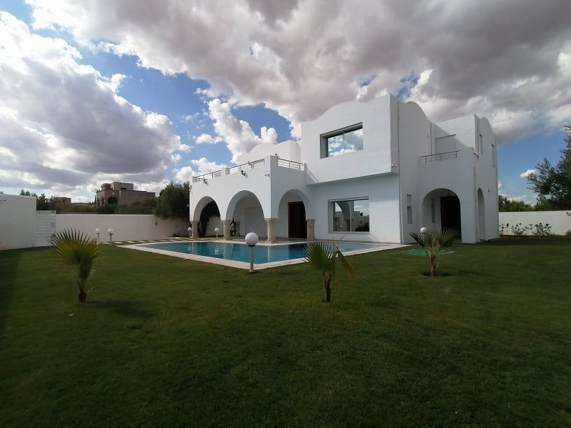 Av une belle villa à hammamet sud mar