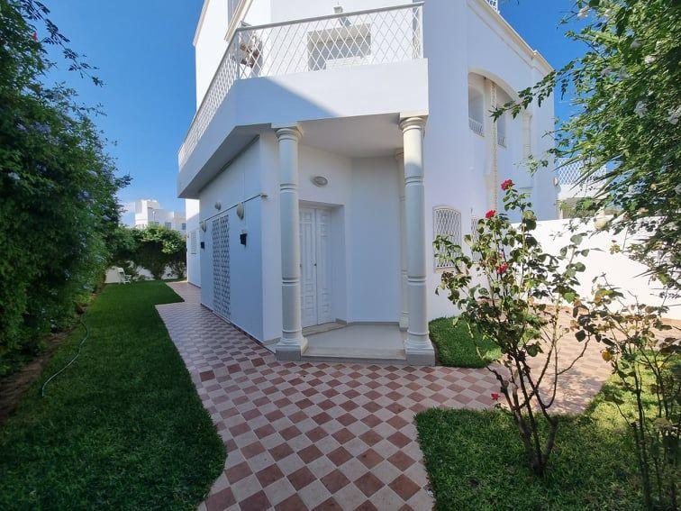 Villa floral 2réf:  location annuelle