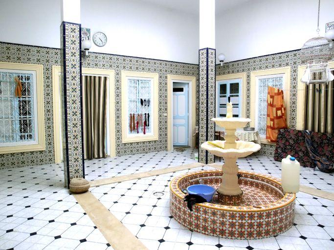 A vendre maison arabe fonctionnelle location appartement for Architecture maison arabe