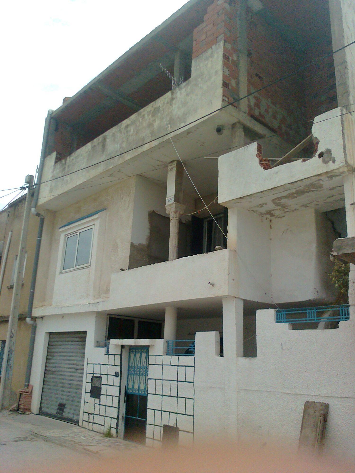 Maison à cité ezzouhour tunis 120 m