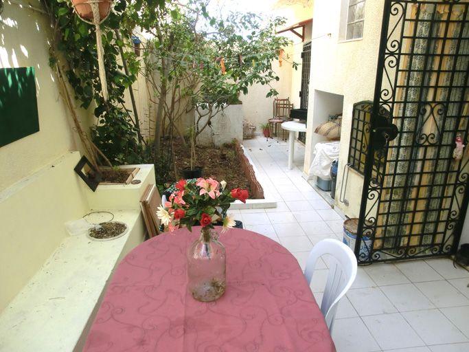 a louer a l 39 annee maison bord de mer beni khiar location maison beni khiar. Black Bedroom Furniture Sets. Home Design Ideas