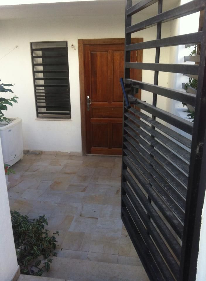 Location d 39 un local usage cabinet m dical ou bureau d tude location villa la goulette - Bureau d architecture tunis ...