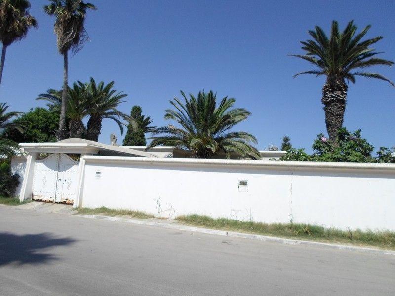 Avbelle villa avec jardin zone résidentielle à nabeul