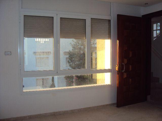 deux tages d 39 une villa 1ere main location maison hammam sousse. Black Bedroom Furniture Sets. Home Design Ideas