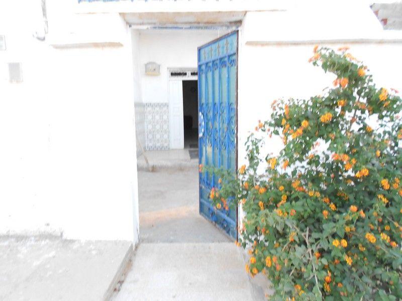 Av une maison dans les alentours de hammamet