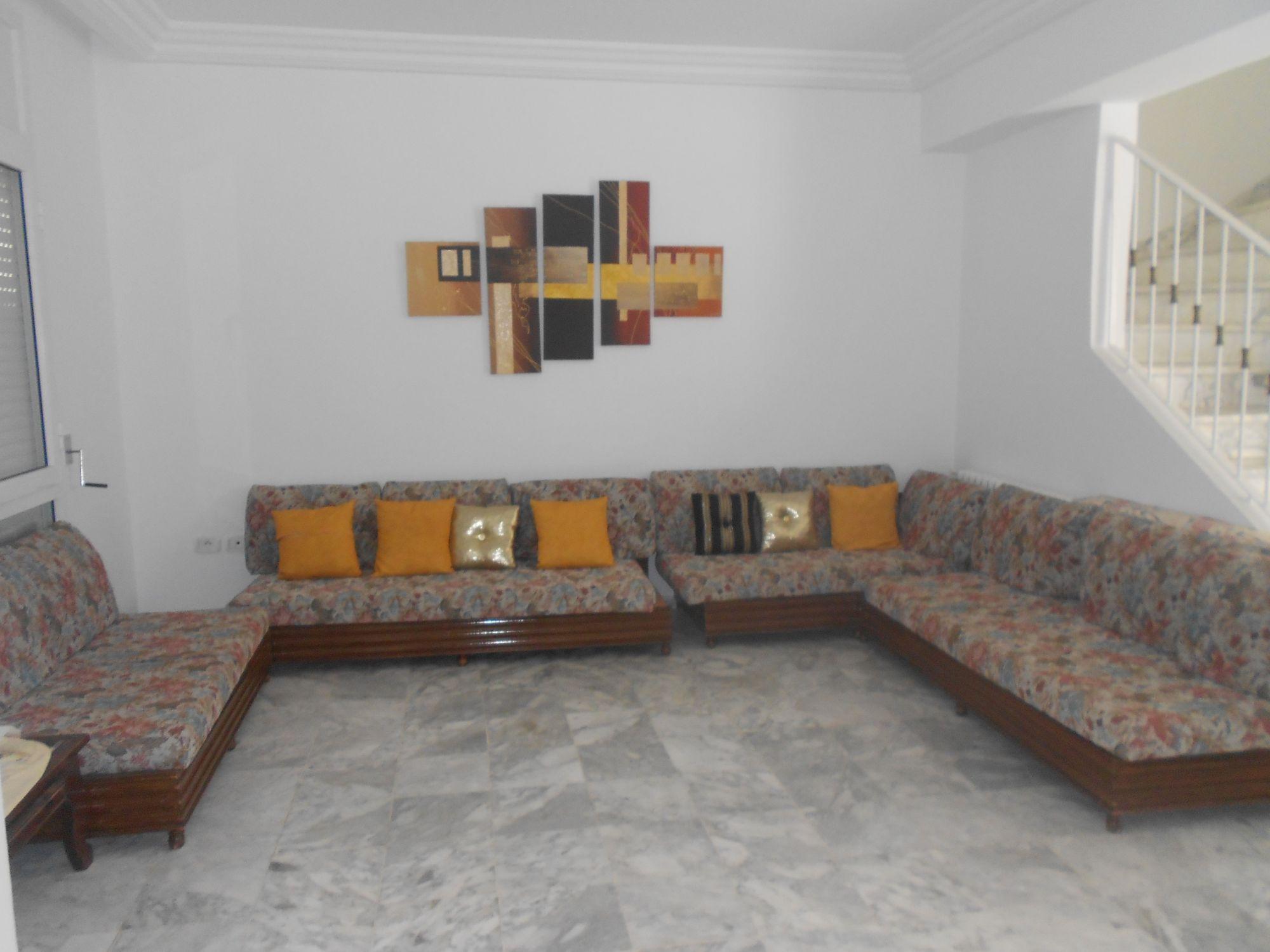 Al magnifique duplex emplacement id al hammamet for Salon 5 etoiles tunisie
