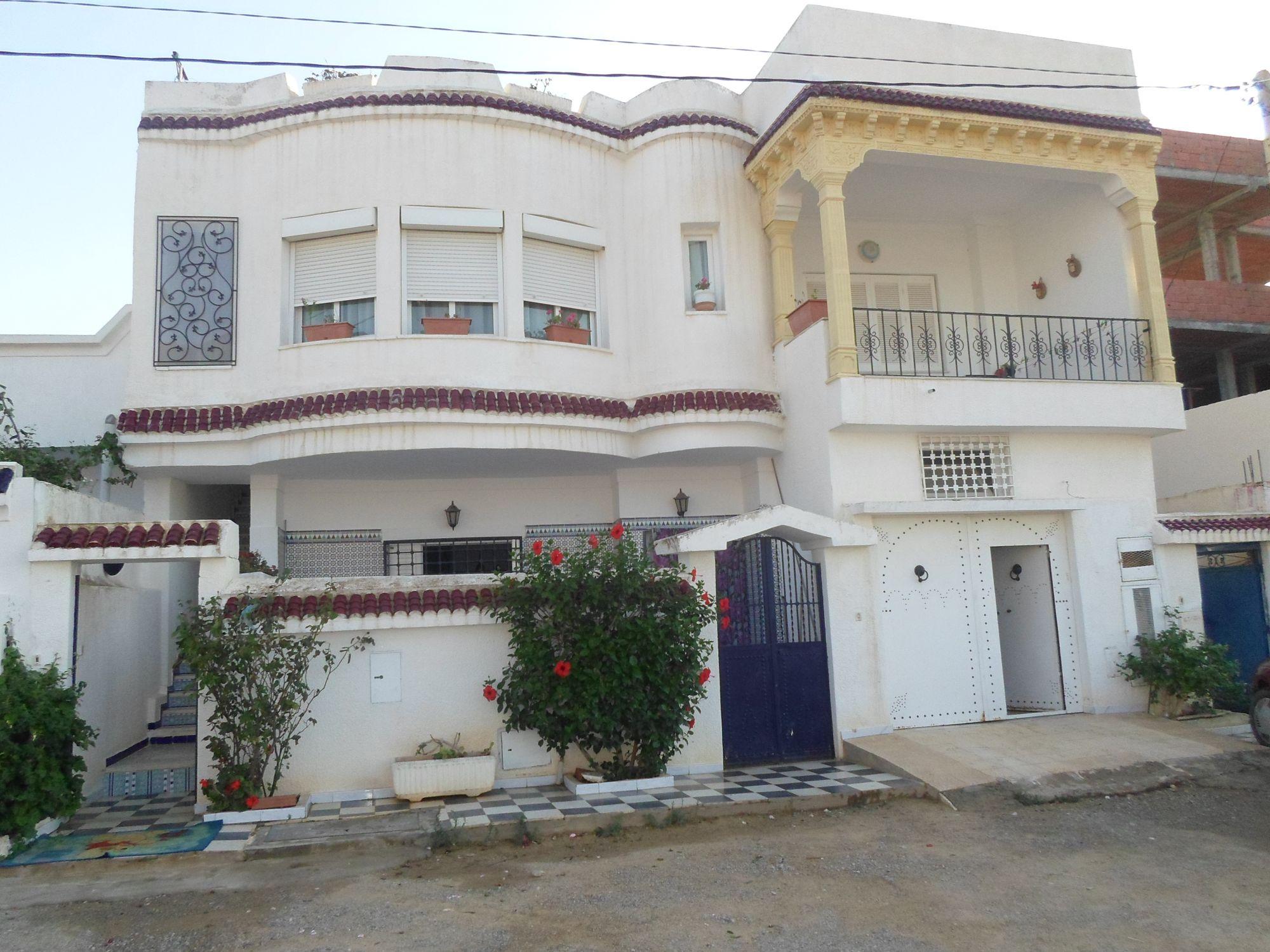Av 2 magnifiques maisons studio à hammamet