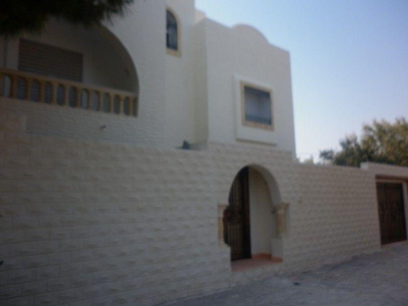 Villa kenza à zone craxi hammamet