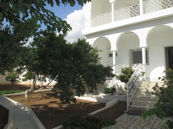Av villa rdc plus étage à hammamet