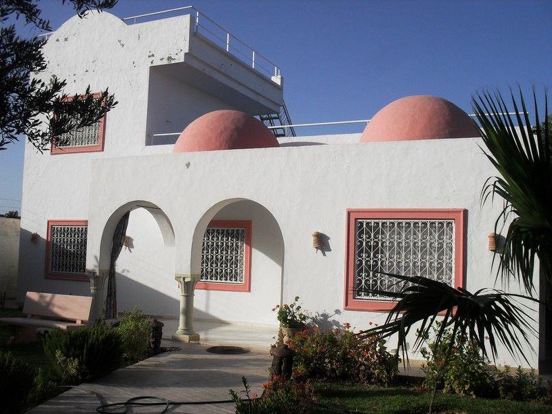 Av jolie villa avec jardin à hammamet nord