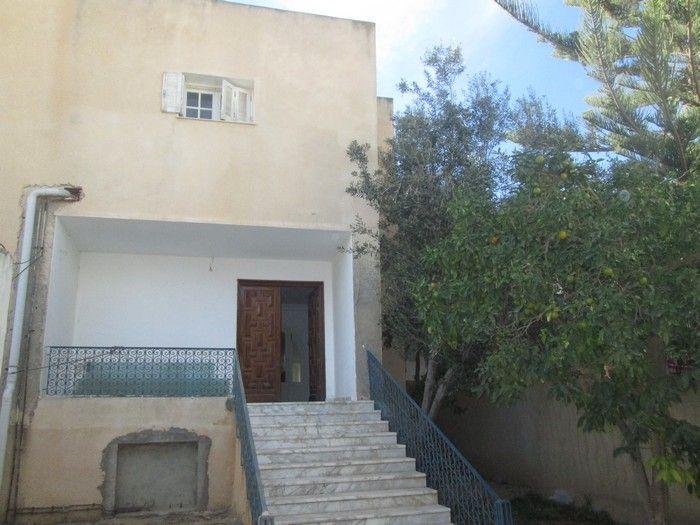 Villa sur 3 niveaux studio à mrezgua