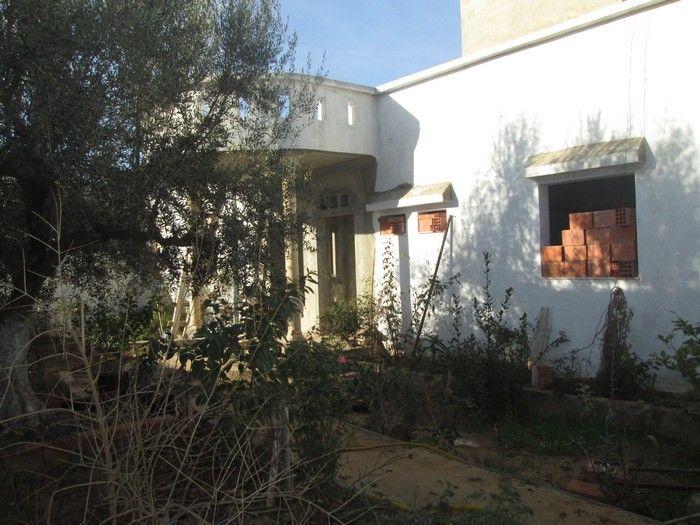 Villa el fel inachevé à 10min de hammamet sud
