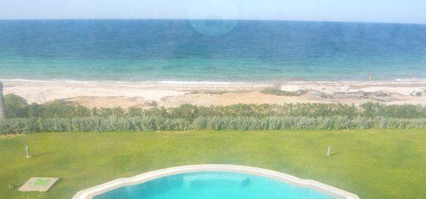 étage de villa front mer à chott meriam