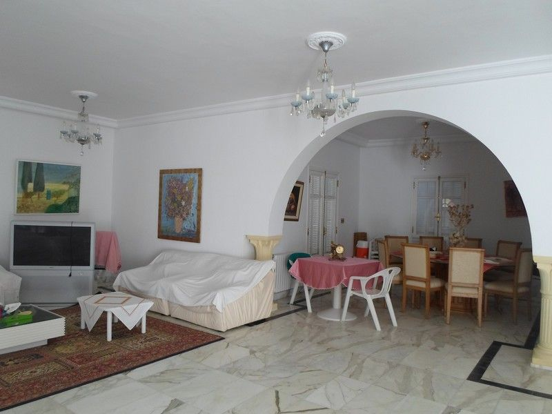 Grande et belle villa meublée zone résidentielle nord