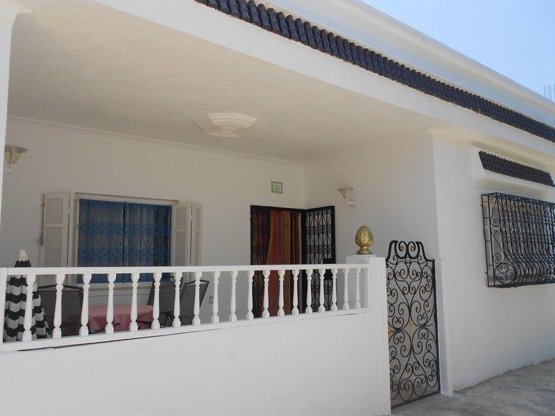 Agréable maison de campagne avec belle terrasse