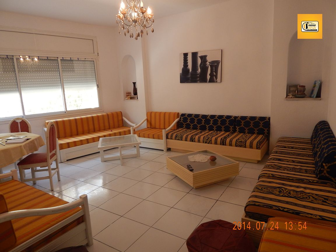 Appartement s 2 sous le fort k libia location vacances for Meuble kelibia salon