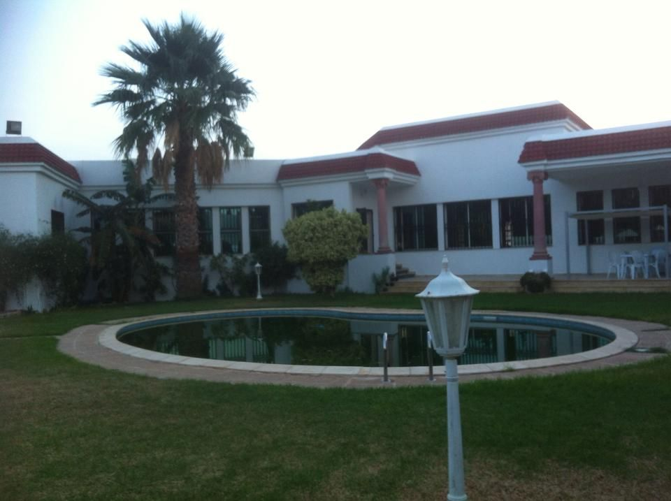 Tr s grande maison vendre vente maison bou mhel for Carrelage tunisie gabes