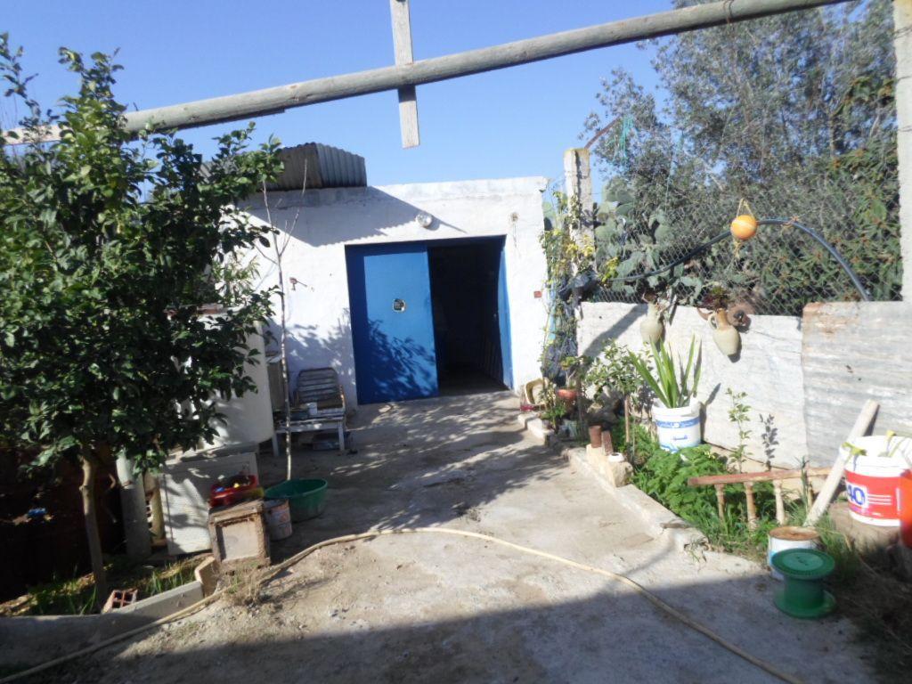 Terrain garage 210 m pas loin au centre ville hammamet