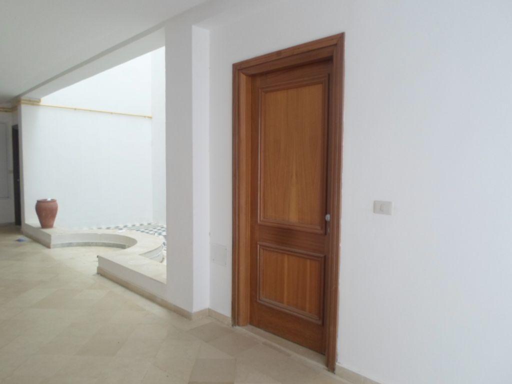 Av appartement moderne et spacieux au réez de chaussée