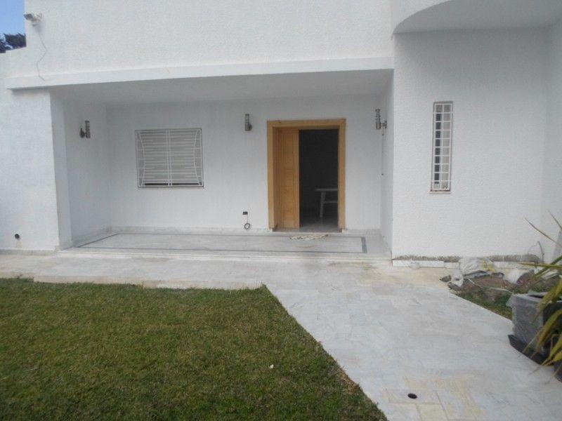 Superbe villa avec beau jardin nabeul vente villa for Cherche appartement avec jardin