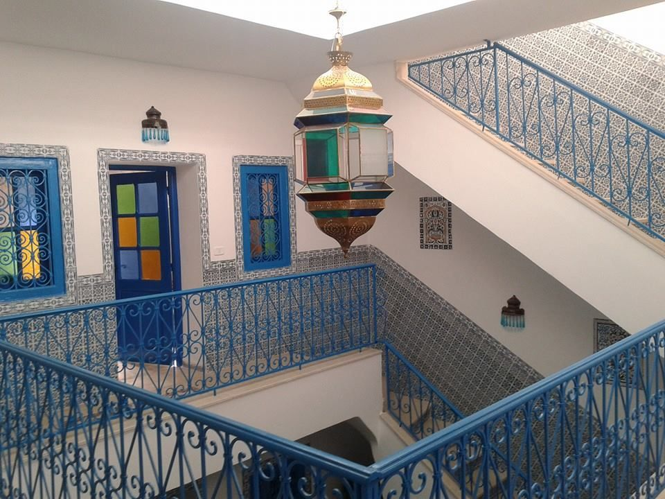 Magnifique maison style sidi bou said vue imprenable for Meuble arabesque tunisie