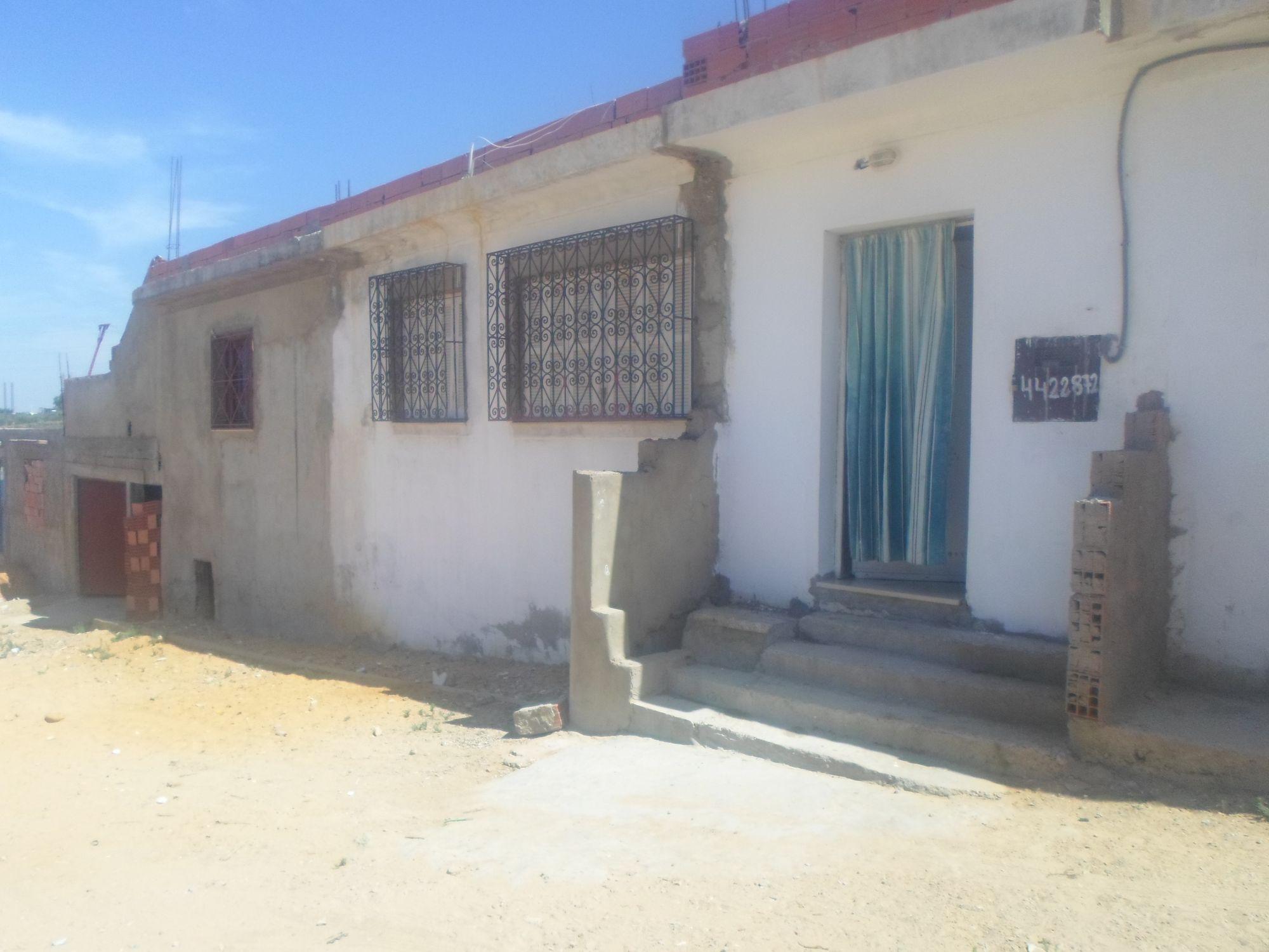 Spacieuse maison proche hammamet a 100 md