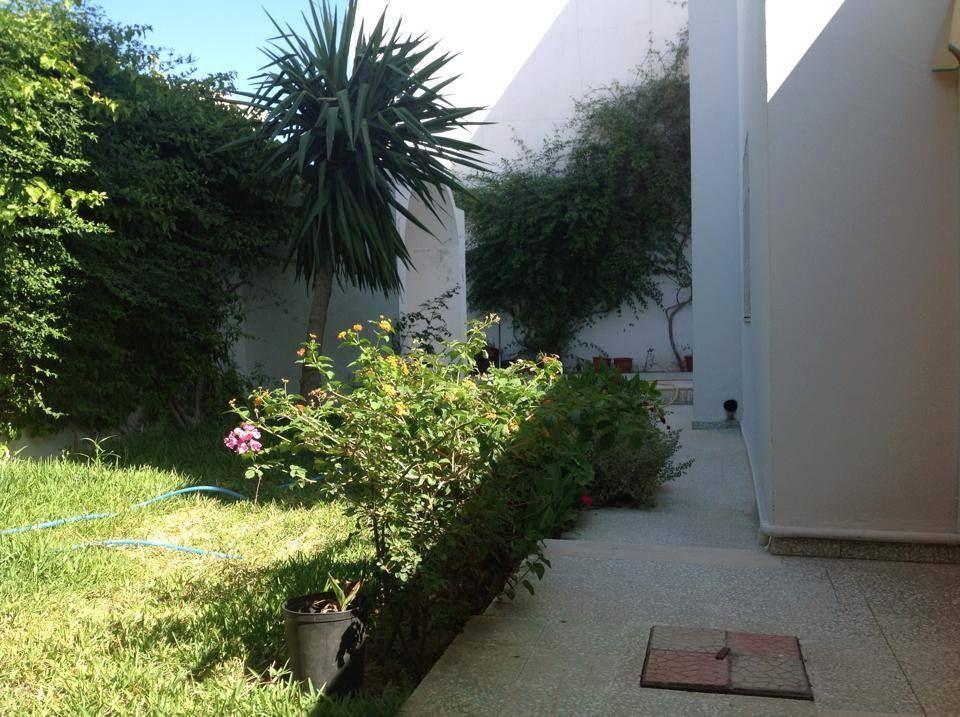Villa avec jardin sur la route de la marsa