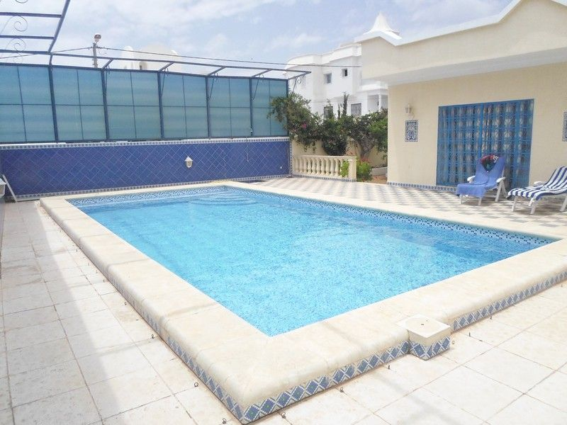 Magnifique villa avec piscine à hammamet nord kt