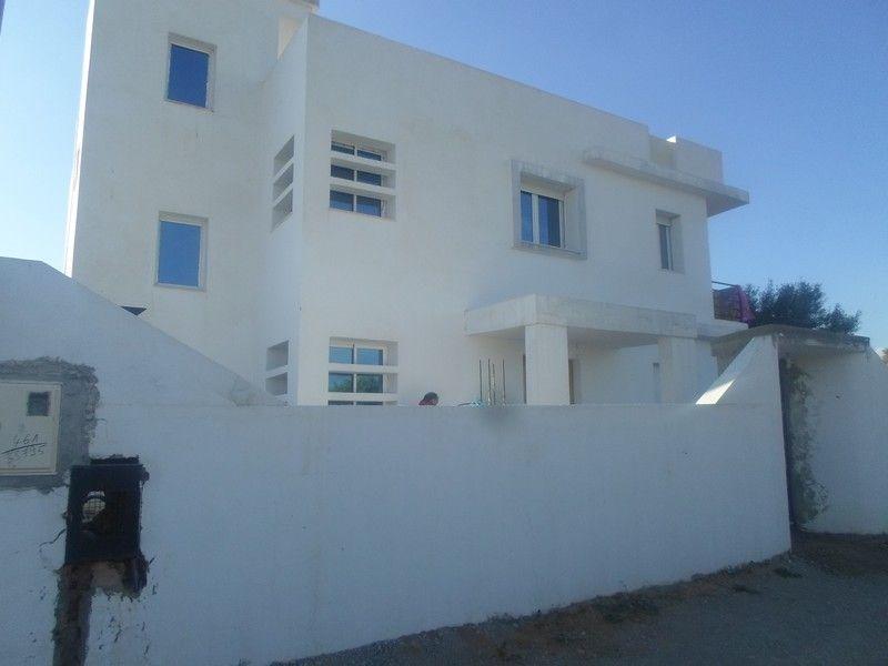 Villa neuve située à sidi hamed waa