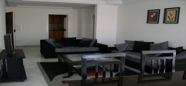 appartement bien meubl sur la route touristique location appartement hammam sousse. Black Bedroom Furniture Sets. Home Design Ideas