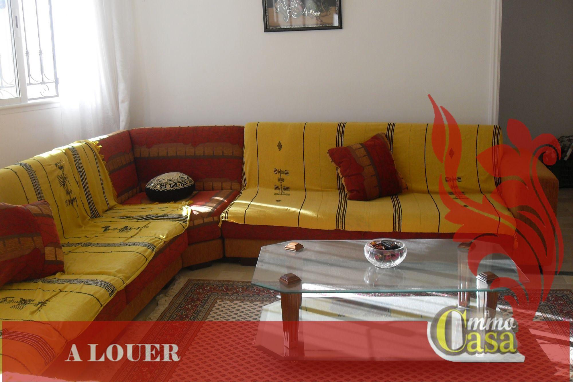 location une villa meubl e pour une longue dur e location villa kelibia. Black Bedroom Furniture Sets. Home Design Ideas
