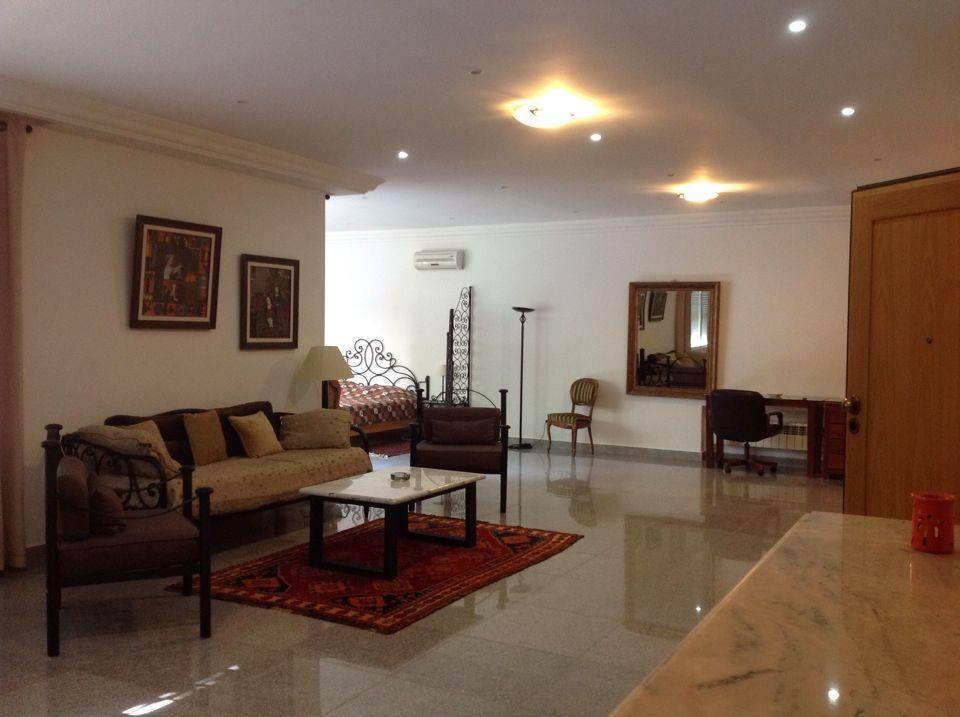 Appartement meubl avec jardin location appartement for Louer appartement jardin