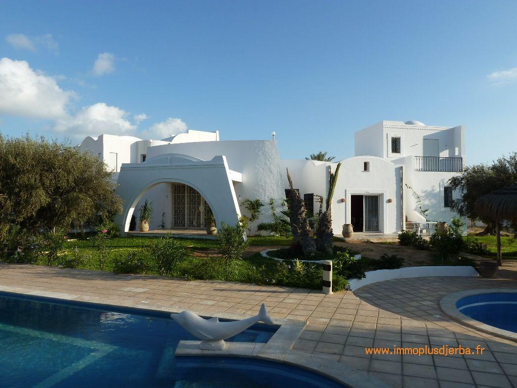 Achat superbe villa avec piscine à djerba