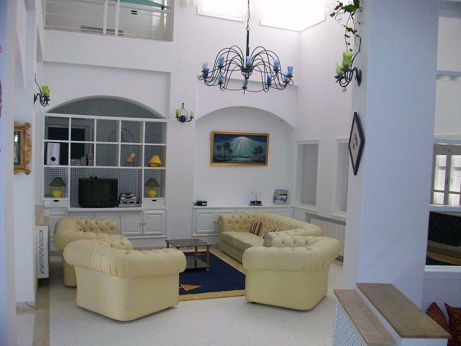 Villa tarak hammamet l064 location vacances villa for Salon a manger tunisie