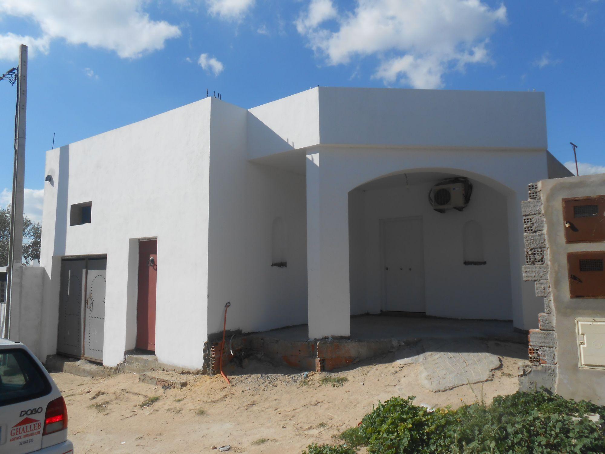 une belle maison nouvellement construire hammamet vente maison hammamet. Black Bedroom Furniture Sets. Home Design Ideas