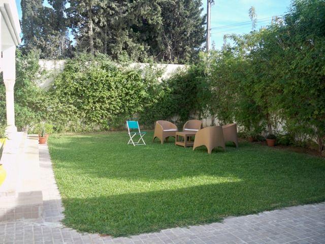 Villa soulaf a avec jardin gammarth vente villa for Jardin 2000 tunisie