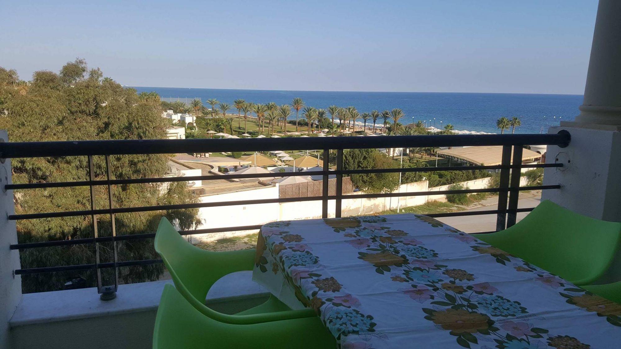 Appartement vue sur mer à hammamet nord