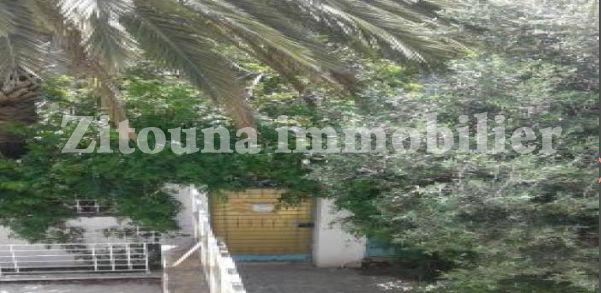 A vendre une belle villa à carthage hannibal 3641vv