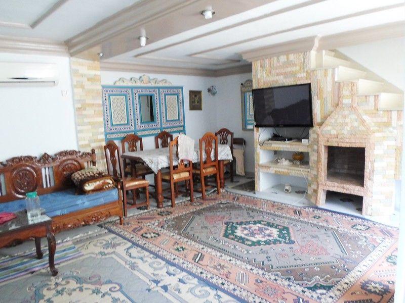 Belle et spacieuse villa à birbourgba hammamet