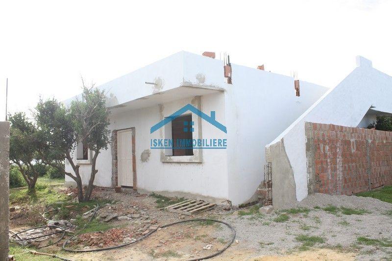 Coquette villa inachevée à hammamet