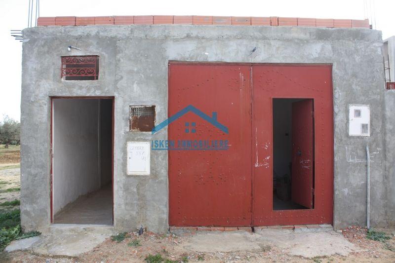 Petite maison avec garage à hammamet birbouragba tb