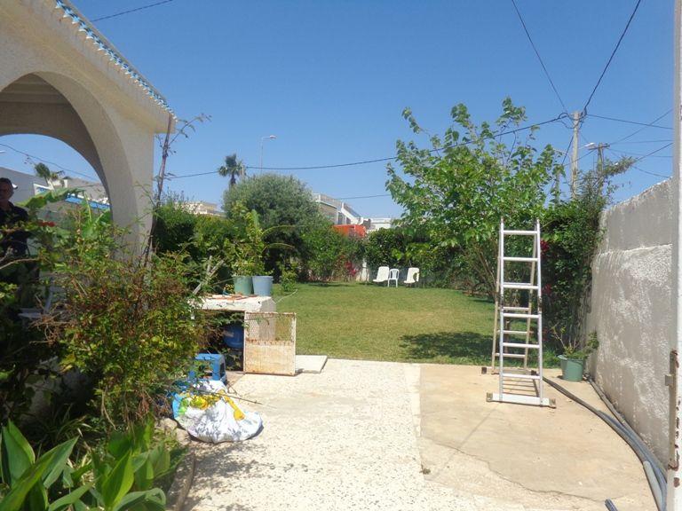 Un bungalow avec jardin à 50 mettre de la plage
