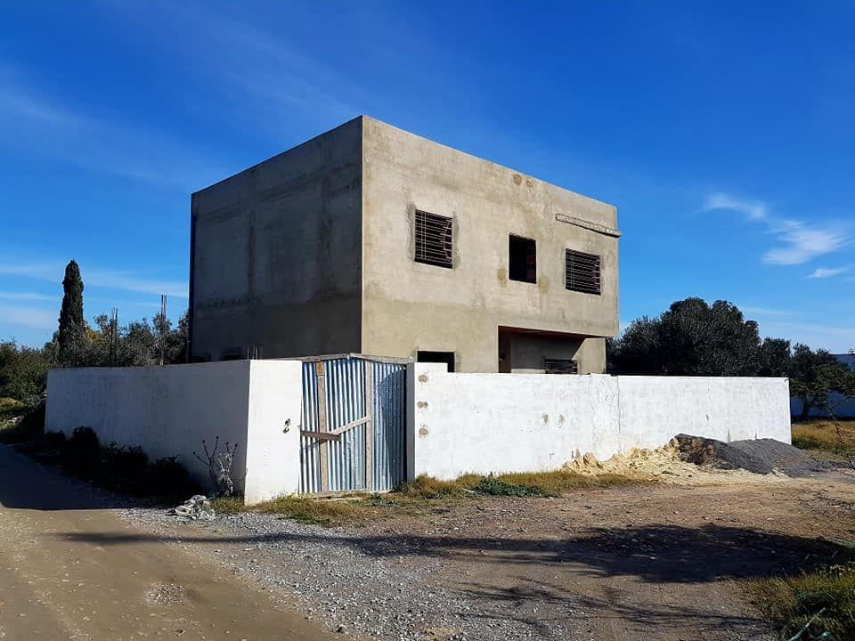 Villa inachevé à barraket el sahel