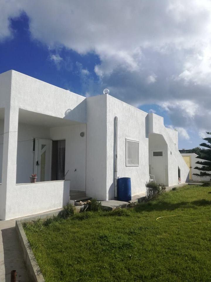 Superbe villa vue sur mer a la plage kerkouane