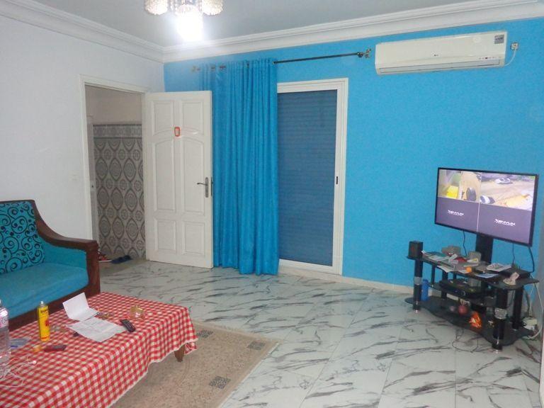 Appartement a deux pas de corniche gh
