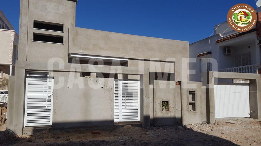 Une villa inachevée à beni khiar28910812