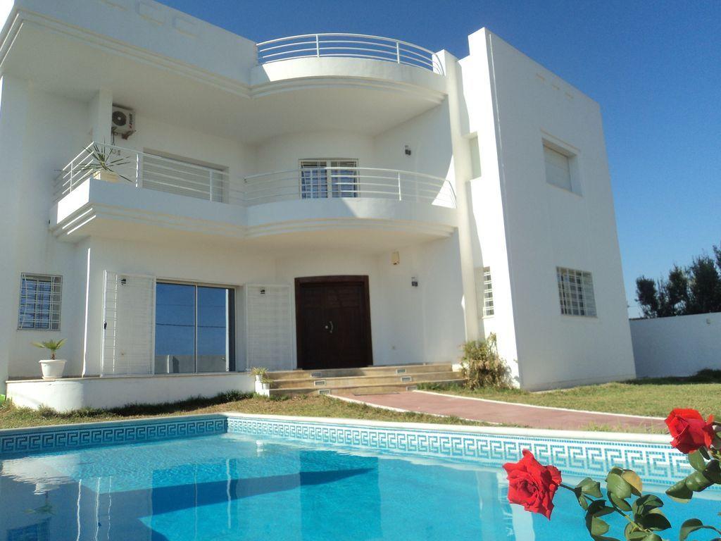 Villa de luxe avec piscine à hammamet